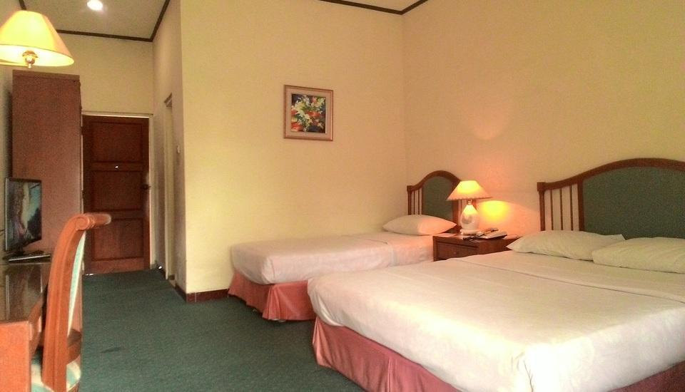 The Bandungan Hotel Semarang - Family Room Regular Plan