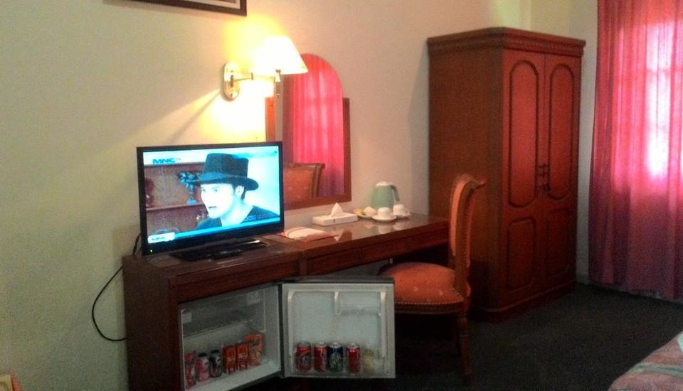 The Bandungan Hotel Semarang - Suite room