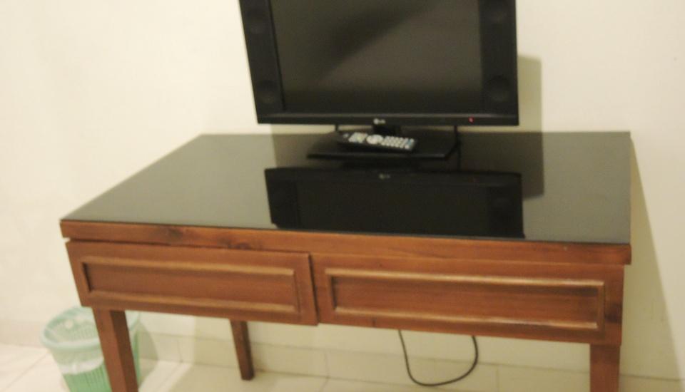 Griya Tenera Solo - tv flat