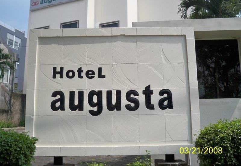 Hotel Augusta Surapati - Hotel Name