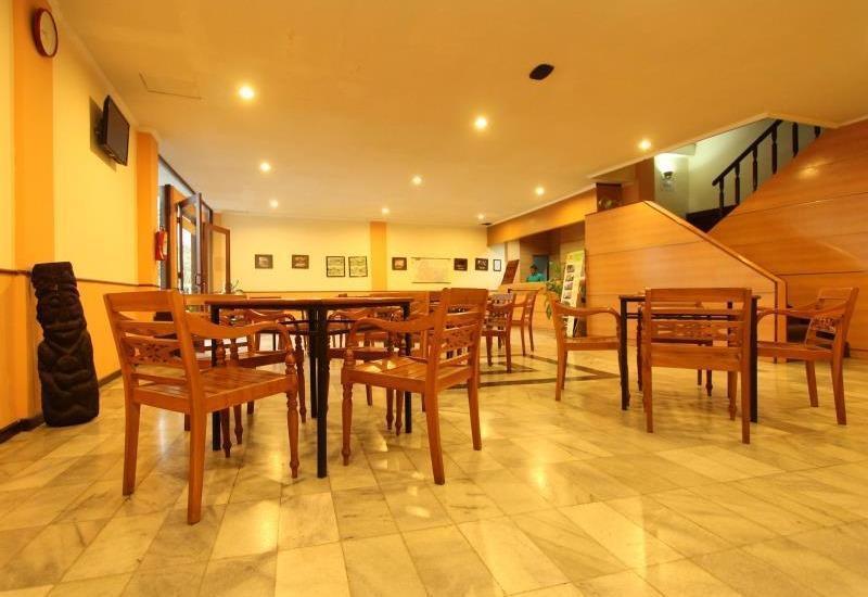 Hotel Augusta Surapati - Lobby