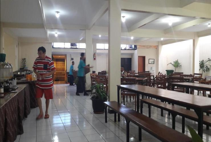 Hotel Augusta Surapati - Resto