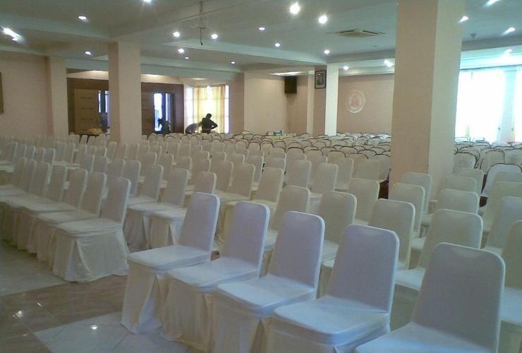Abadi Suite Hotel   - Meeting Room