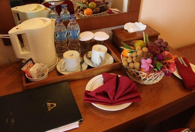 Abadi Suite Hotel   - Breakfast