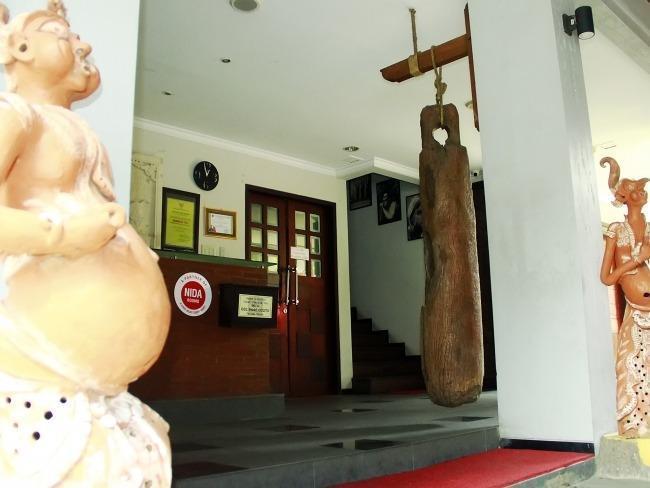 NIDA Rooms Candi House 12 Lowokwaru - Resepsionis
