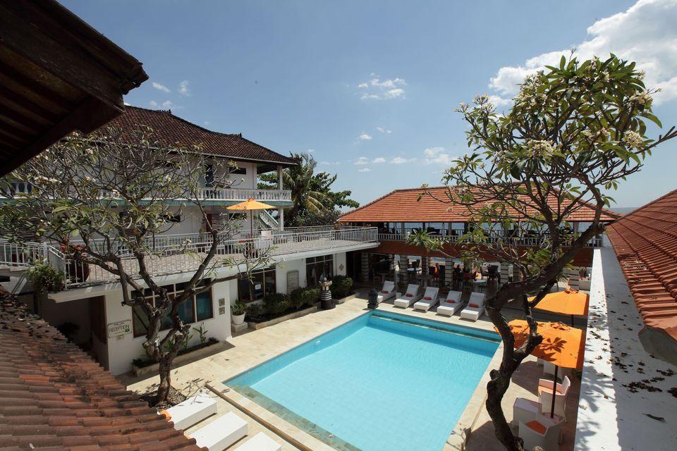 Villa Agung Beach Inn Bali - Twin Room over pool