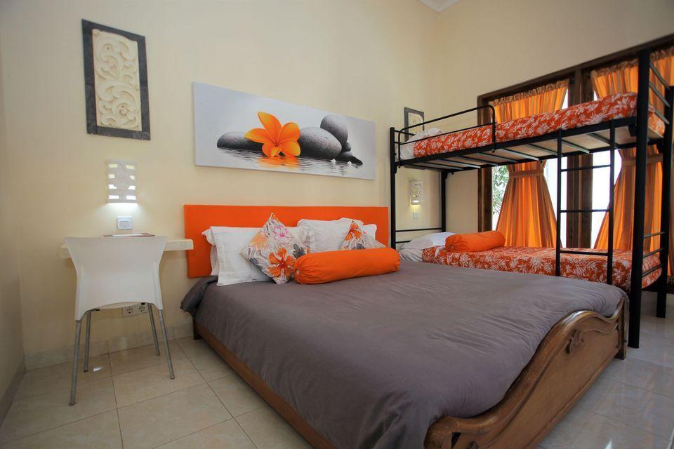 Villa Agung Beach Inn Bali - Superior Family Room