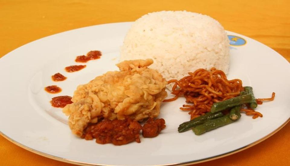 Lerina Hotel & Conference Banjarbaru - Food