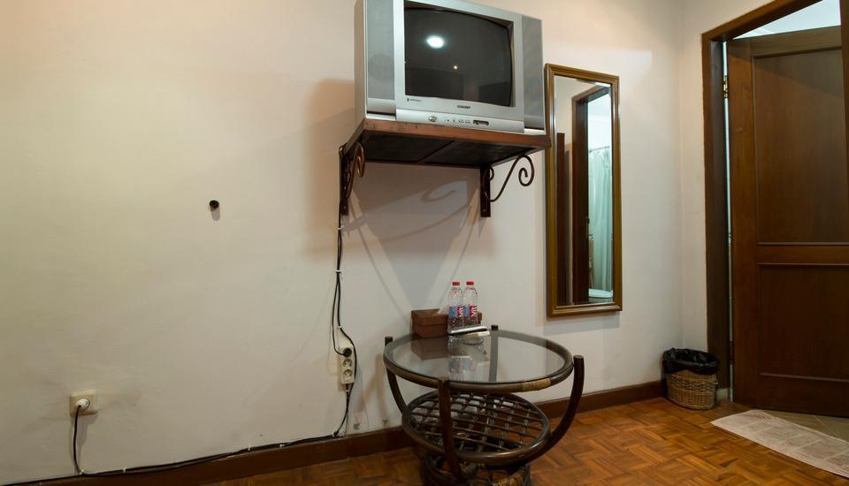 RedDoorz @ Kanayakan Lama - Kamar tamu