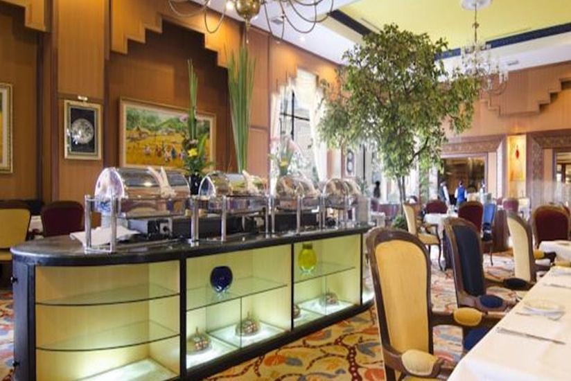 Gran Senyiur Hotel Balikpapan - Restoran dan Bar