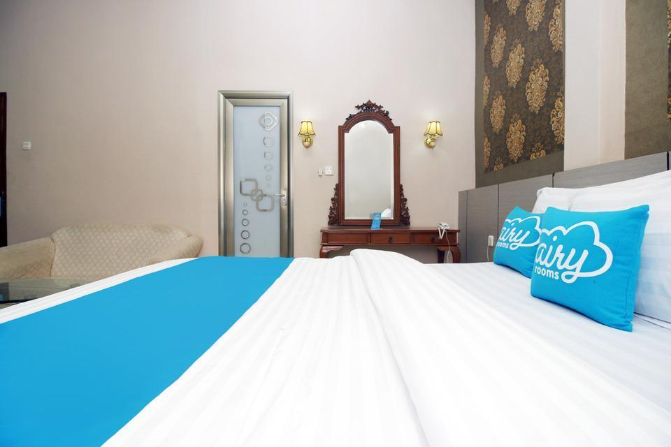 Airy Baruga DI Panjaitan 339 Kendari - VIP Family Room Only Regular Plan