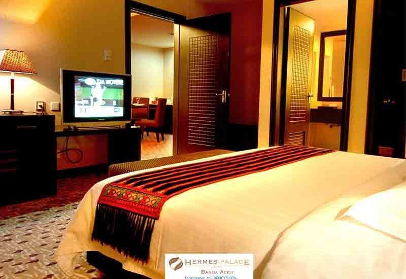 Hermes Palace Hotel Banda Aceh - Executive Suite Save 23%
