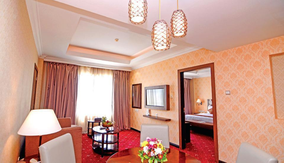 Hermes Palace Hotel Banda Aceh - Executive Suite Regular Plan