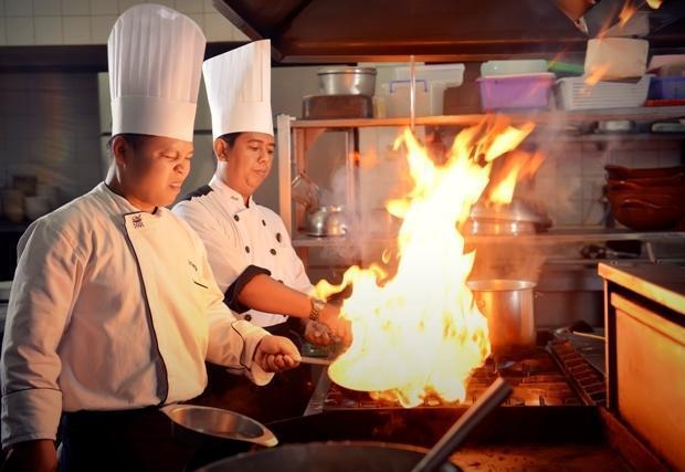 Patra Jasa Semarang Convention Hotel Semarang - Tersedia makan malam BBQ