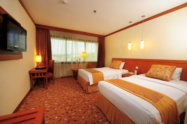 Patra Jasa Semarang Convention Hotel Semarang - Deluxe - Room Only Regular Plan