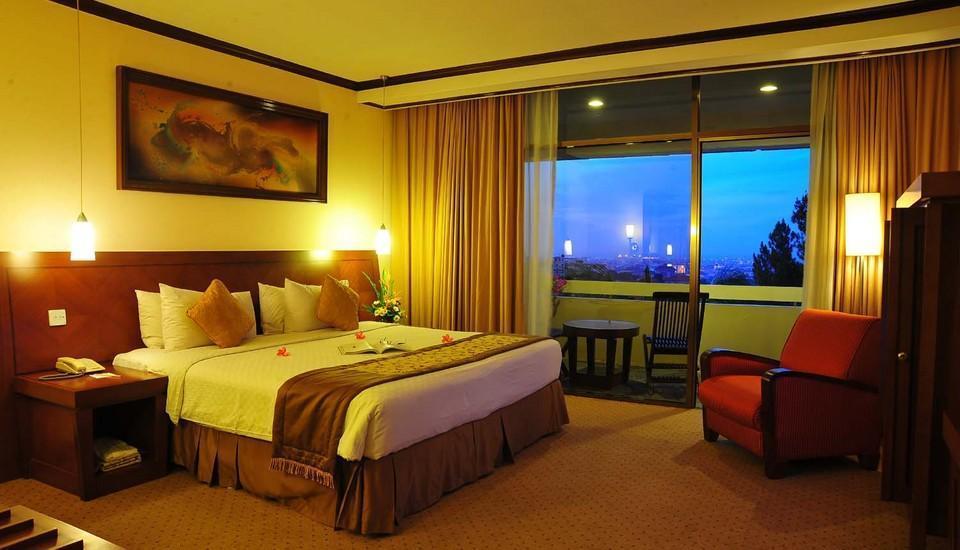 Patra Jasa Semarang Convention Hotel Semarang - Kamar Executive Suite