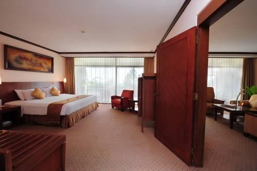 Patra Jasa Semarang Convention Hotel Semarang - Kamar Executive Suite Hotel