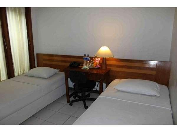 Permata Guest House Semarang - Standard - Room Only Regular Plan