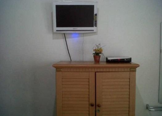 Permata Guest House Semarang - Televisi