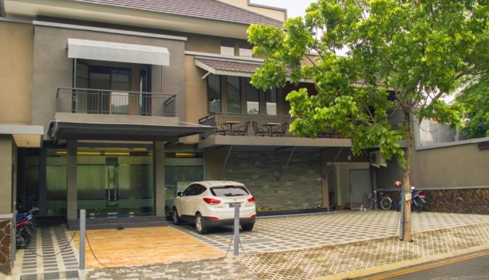 Kana Citra Guesthouse Surabaya - Tampilan Luar Hotel