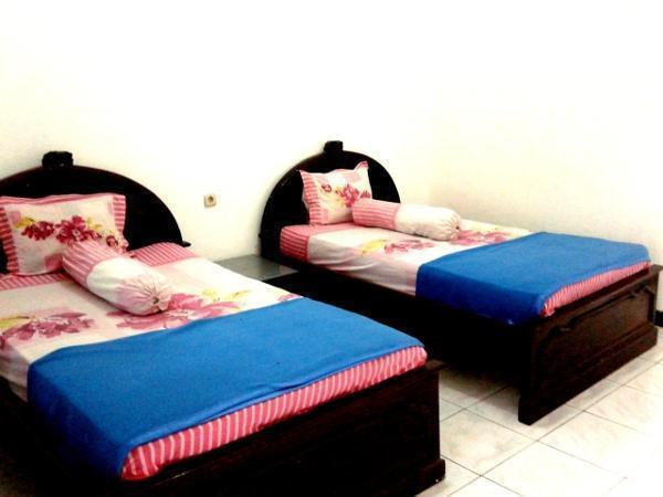 Graha Dewata Juwana Hotel Pati - Standard AC Room
