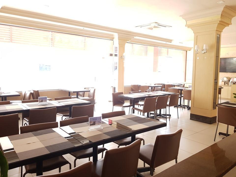 Hotel Seruni  Batam - Restoran