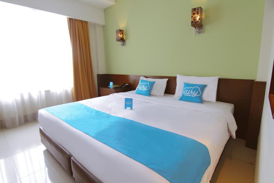 Airy Slipi Jakarta - Standard Double Room with Breakfast Special Promo Jan 5