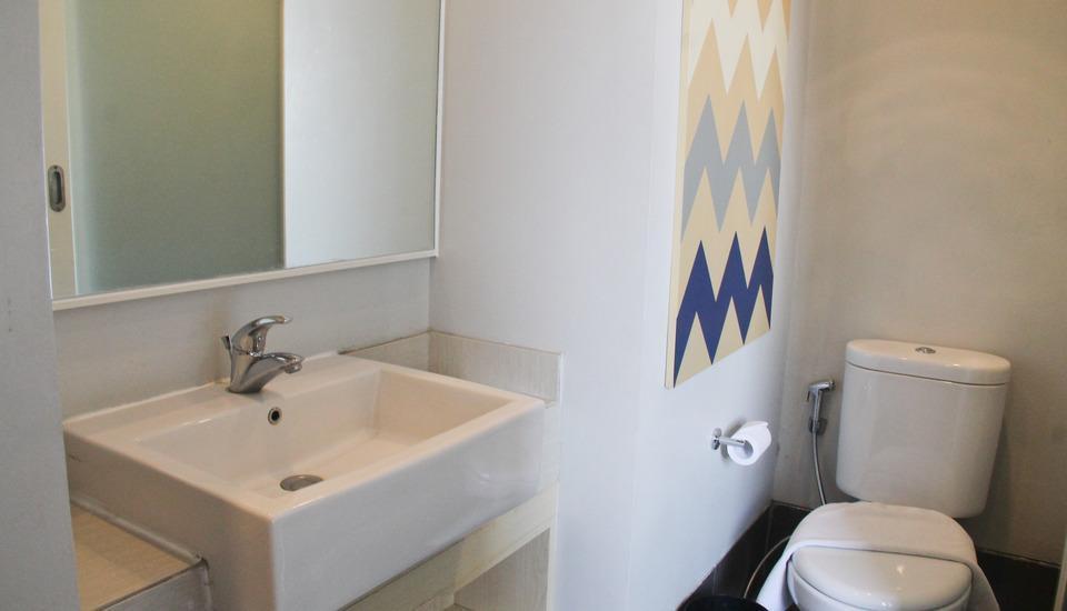 Cleo Hotel Walikota Surabaya - Kamar mandi