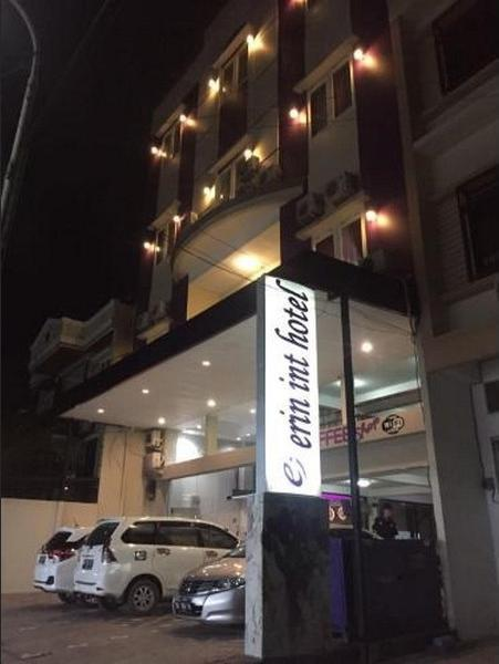 Erin Int Hotel Makassar - Facade