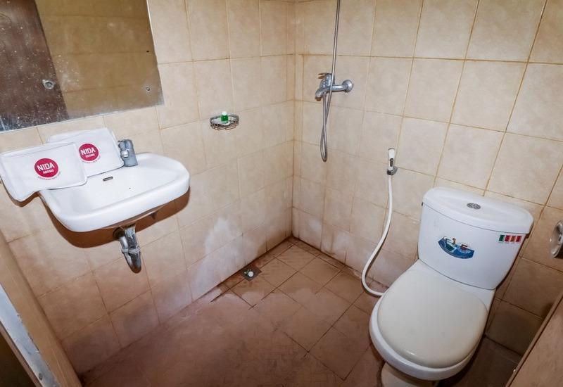 NIDA Rooms Blora Menteng Jakarta - Kamar mandi