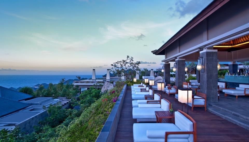 Banyan Tree Ungasan Hotel Bali - Pool Bar