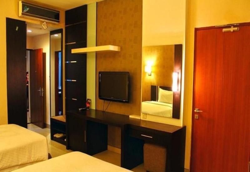 Naval Hotel Bandung - Kamar tamu