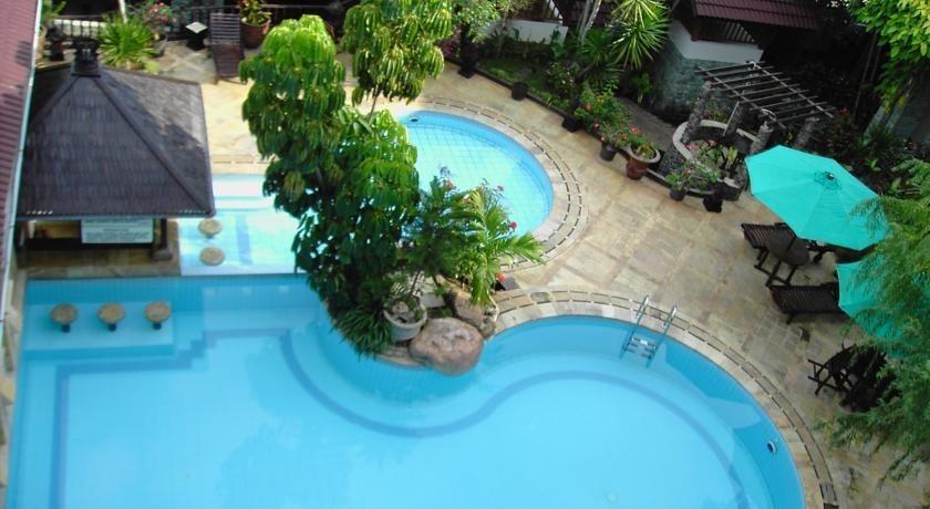 Resor Tuban Tropis Tuban - Kolam Renang