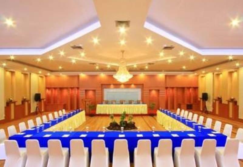 Blue Atlantic International Hotel Banjarmasin - Interior