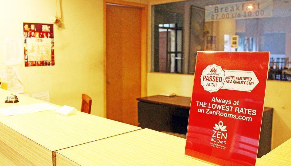 ZEN Rooms Cibaduyut Bandung - Resepsionis
