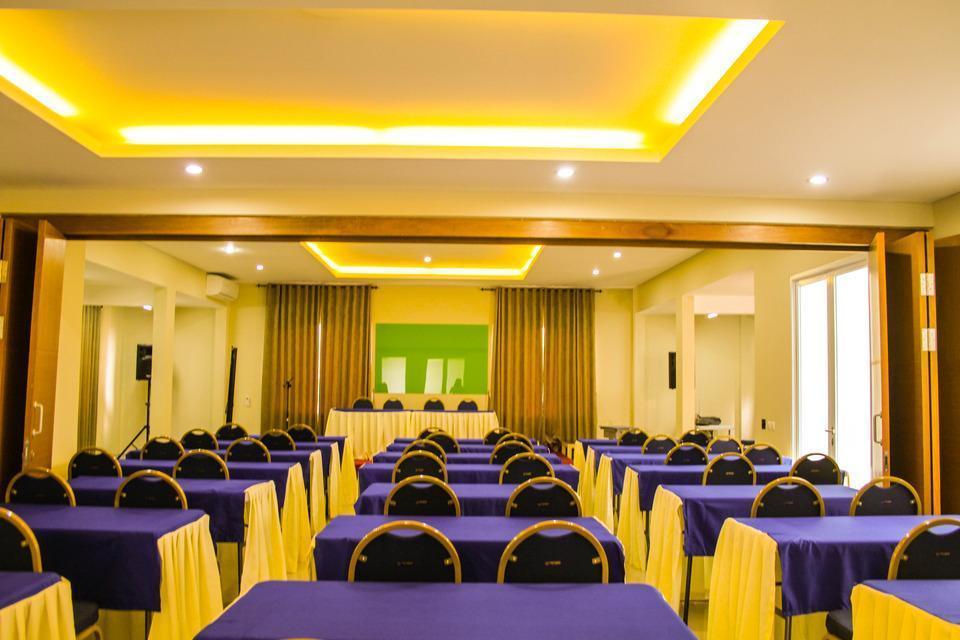 Image Hotel & Resto Bandung - Meeting Room