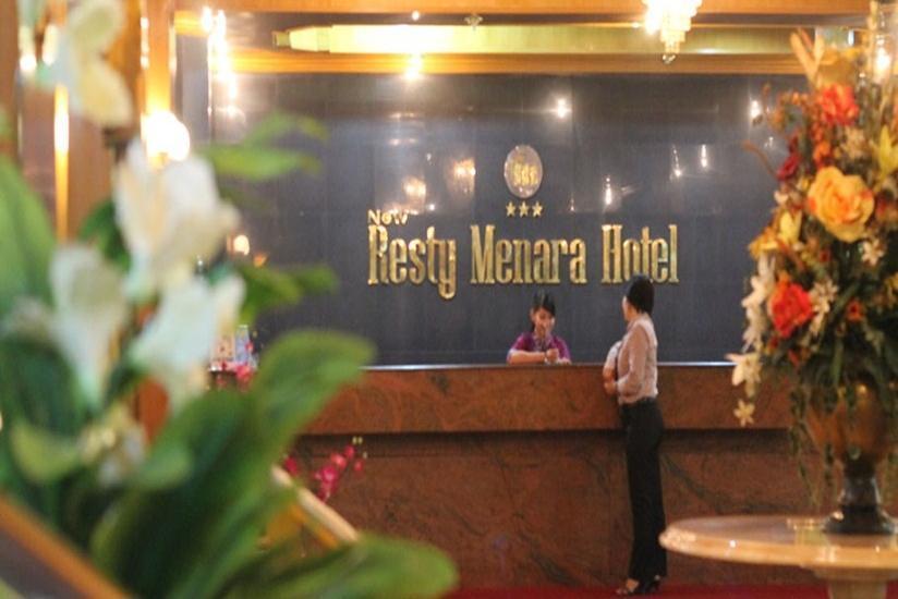 Hotel Resty Menara Pekanbaru - Resepsionis