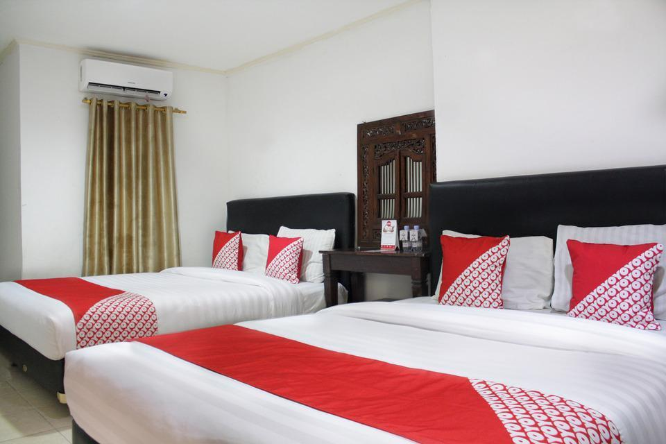 OYO 188 Wisma Nely Murni Guesthouse Jakarta - Suite Family Long Stay 52%