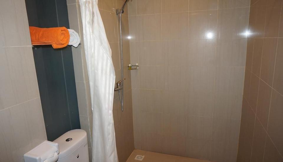 Ekon Hotel Yogyakarta - Kamar mandi