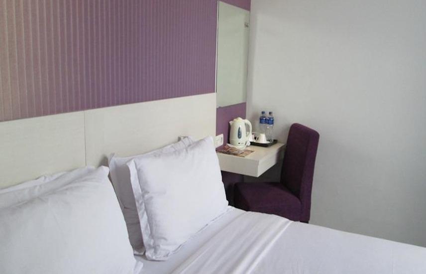Vio Hotel Surapati Bandung - Kamar tamu
