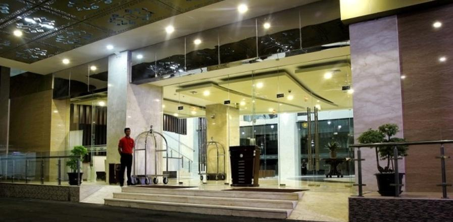 Horison Lampung - Lobby Entrance