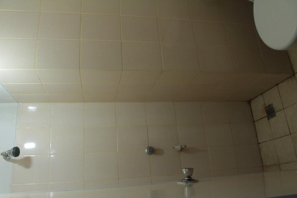 Hapukh Room at Serpong Green View Apartment South Tangerang - Bathroom