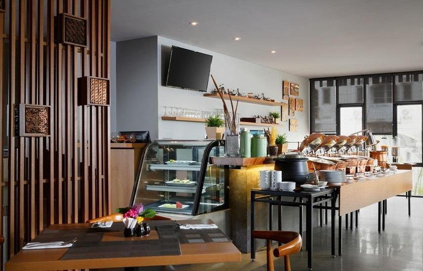 BATIQA Hotel Jababeka - Buffet