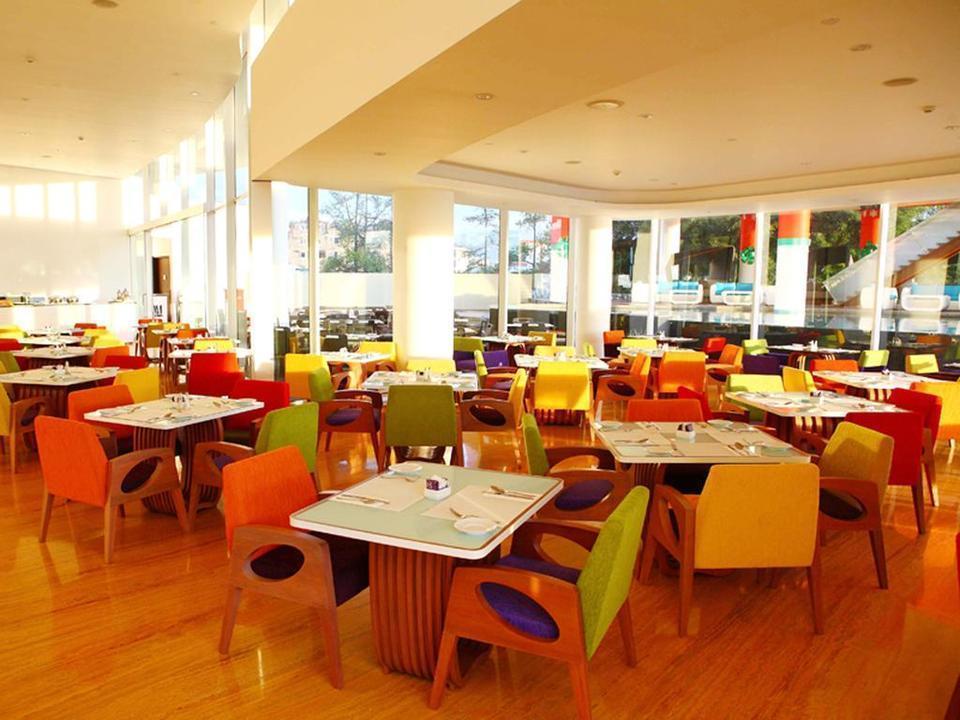 Sensa Hotel  Bandung - Restaurant