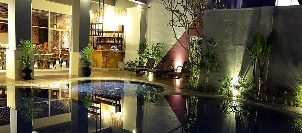 Tjokro Style Yogyakarta Yogyakarta - Kolam Renang