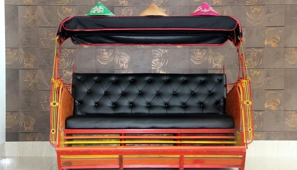 Tjokro Style Yogyakarta Yogyakarta - Sofa