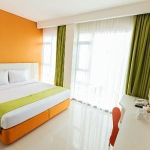 Dbest Express Hotel Bandung - Superior Room with Breakfast Regular Plan