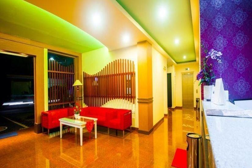 City Hotel Mataram - Interior