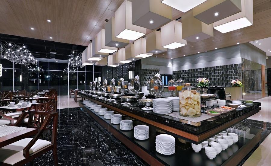 Aston Pasteur Bandung - Restoran
