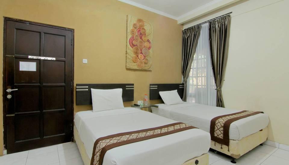 Emdi House Yogyakarta - Bedroom